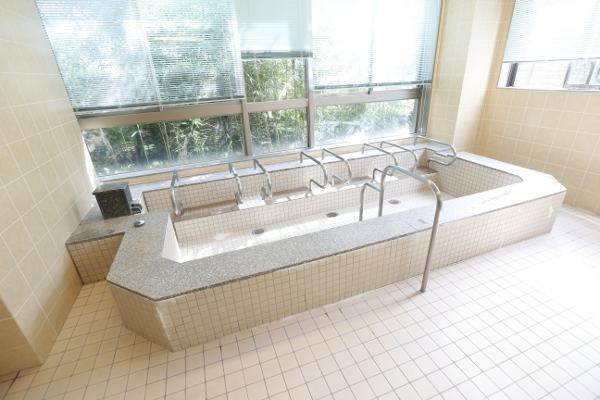 介護老人保健施設_三鷹ロイヤルの丘_浴室